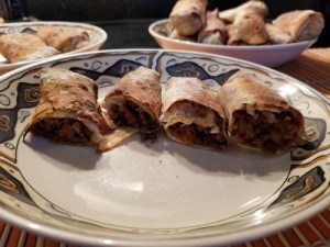 Finished rolls stuffed with beef/AdS